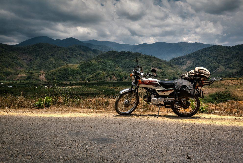 Laos na motorke